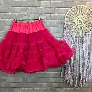 unbranded // hot pink flouncy ruffled tutu skirt s